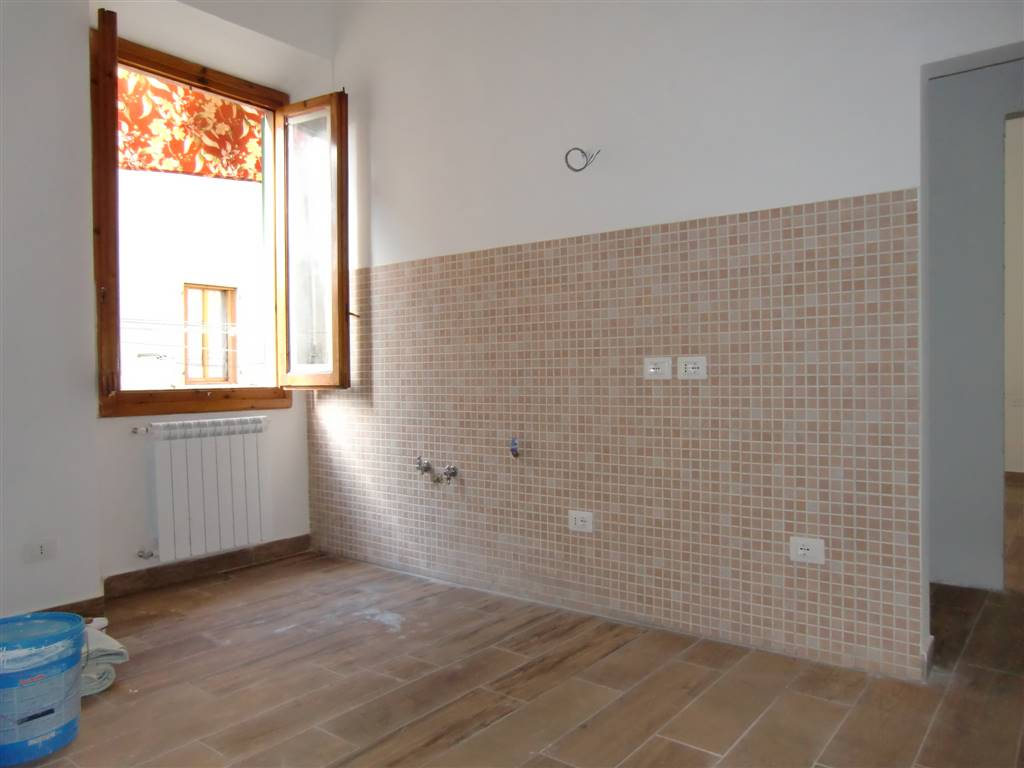 Appartamento in vendita a San Giovanni Valdarno, 3 locali, zona Zona: Stadio, prezzo € 100.000 | Cambio Casa.it