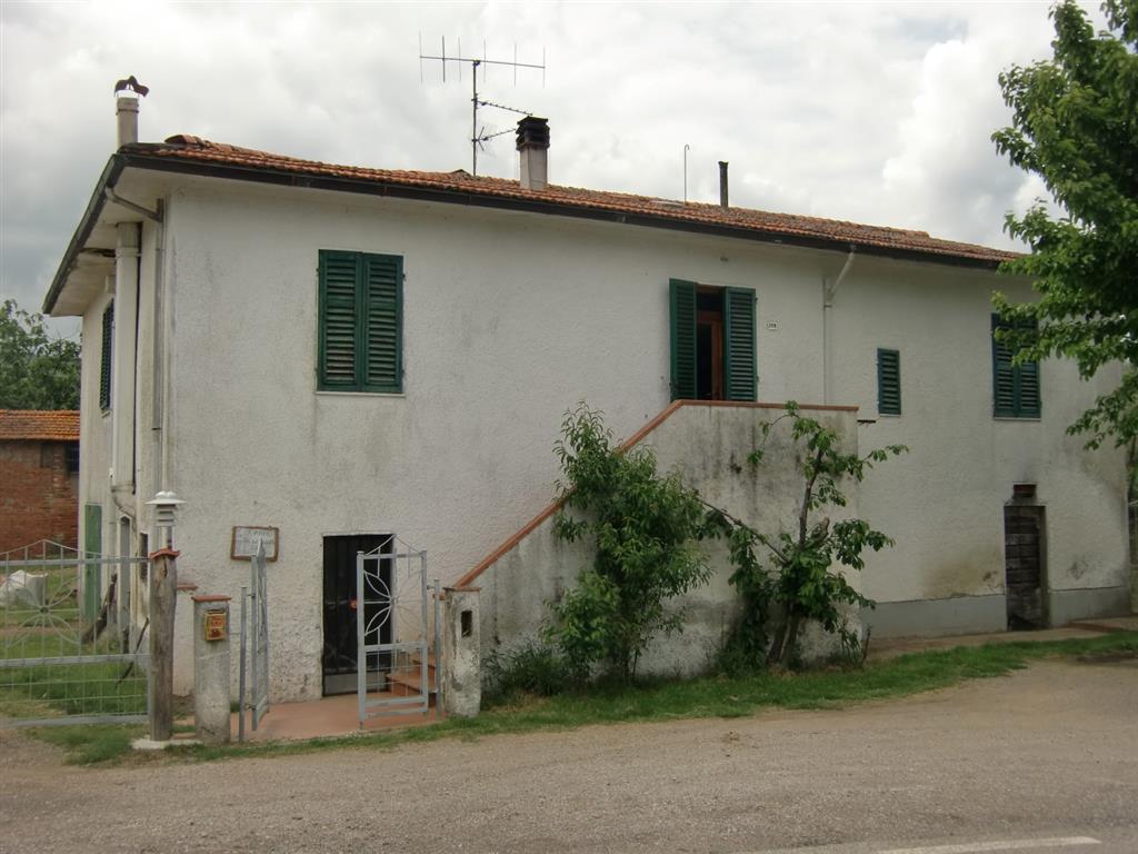 Rustico / Casale in vendita a Cavriglia, 10 locali, zona Zona: Chiantigiana, Trattative riservate | Cambio Casa.it
