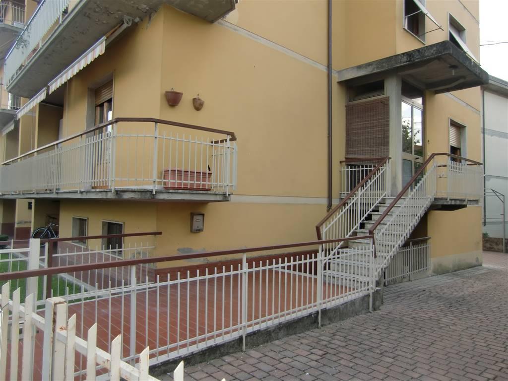 Appartamento in vendita a Terranuova Bracciolini, 4 locali, zona Zona: Centro, prezzo € 180.000 | Cambio Casa.it
