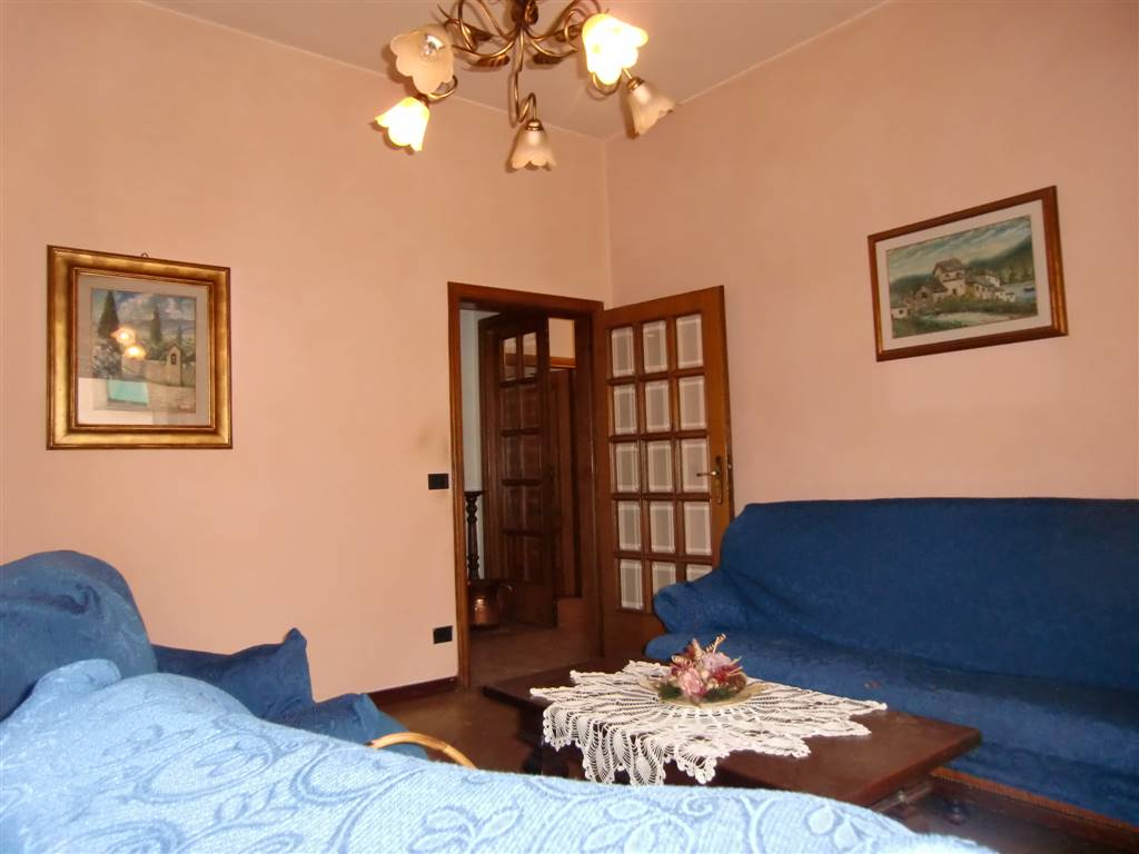 Appartamento in vendita a San Giovanni Valdarno, 5 locali, zona Zona: Coop, prezzo € 155.000 | Cambio Casa.it