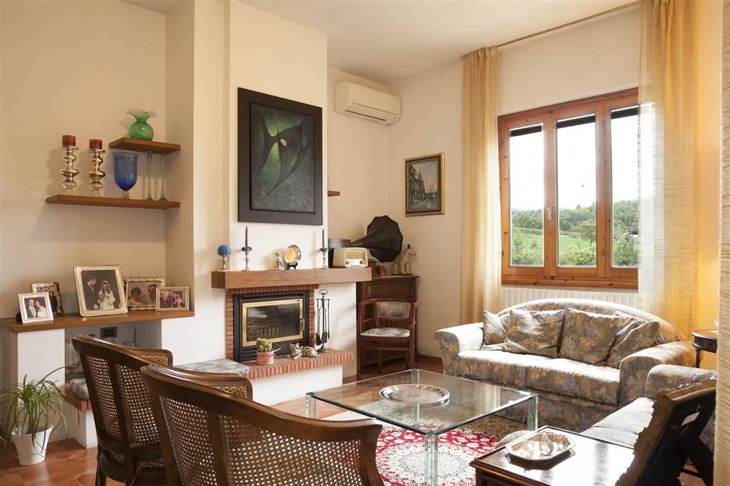 Soluzione Indipendente in vendita a Terranuova Bracciolini, 15 locali, zona Zona: Ville, prezzo € 420.000 | Cambio Casa.it
