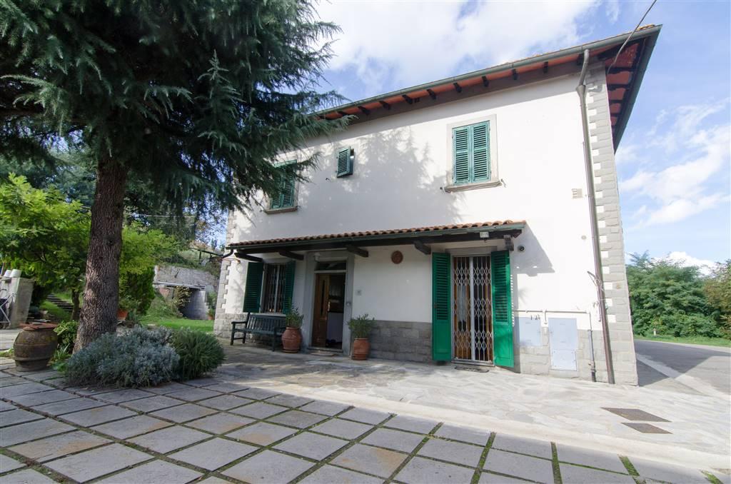 Soluzione Semindipendente in vendita a San Giovanni Valdarno, 9 locali, zona Zona: Campagna, prezzo € 265.000 | Cambio Casa.it