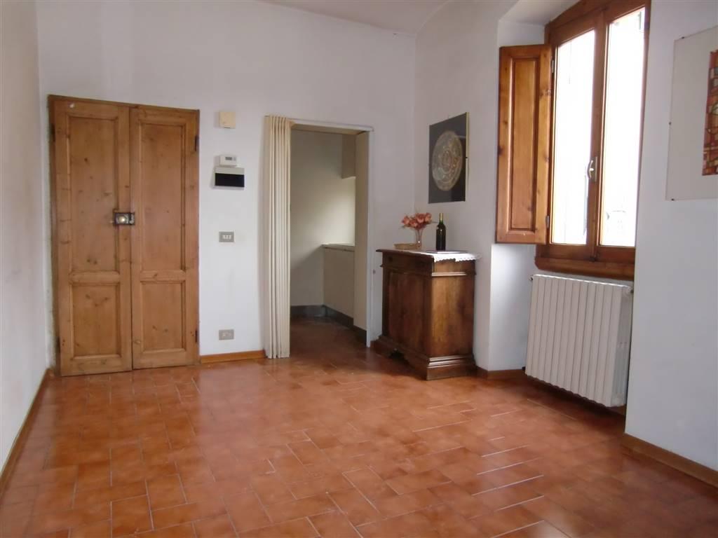 Appartamento in vendita a San Giovanni Valdarno, 4 locali, zona Zona: Centro, prezzo € 70.000 | Cambio Casa.it