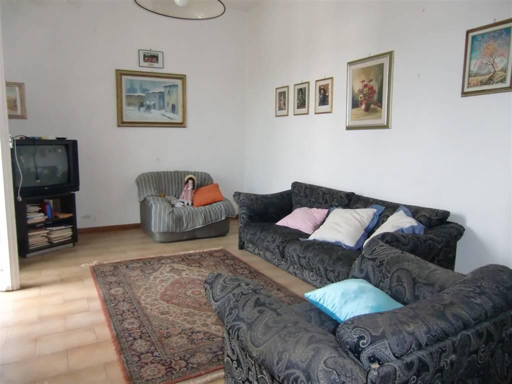 Appartamento in vendita a Cavriglia, 9 locali, zona Zona: Neri, prezzo € 180.000 | CambioCasa.it