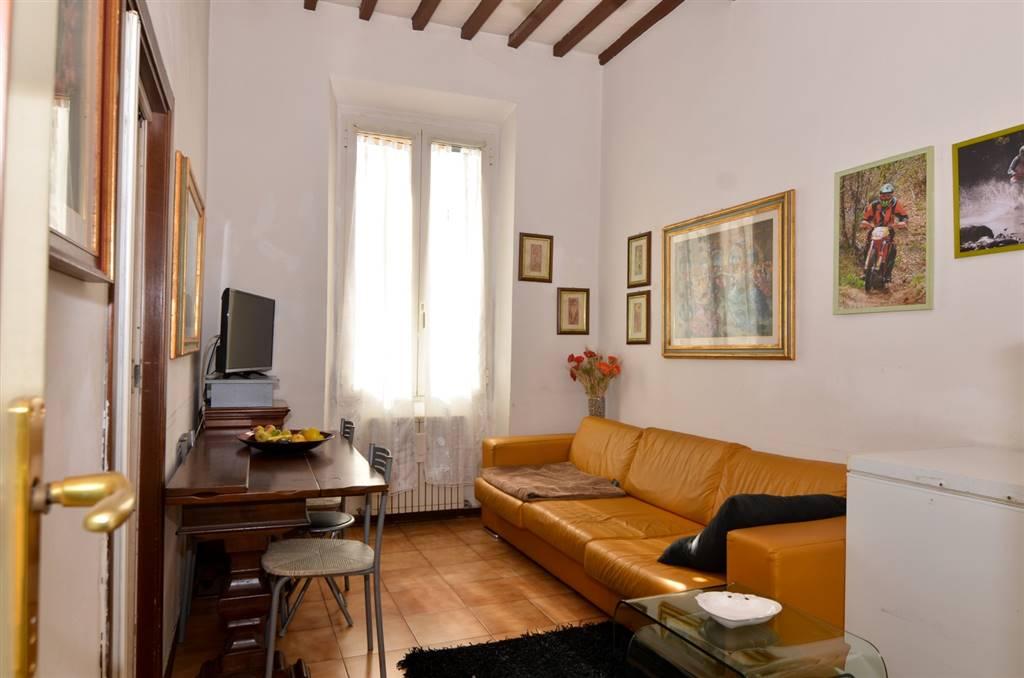 Appartamento in vendita a San Giovanni Valdarno, 4 locali, prezzo € 105.000   CambioCasa.it