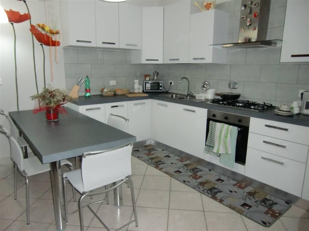 Appartamento in vendita a Cavriglia, 3 locali, zona Zona: San Cipriano, prezzo € 125.000 | CambioCasa.it