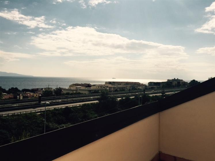 Mansarda in Mili Marina, Sud, Messina