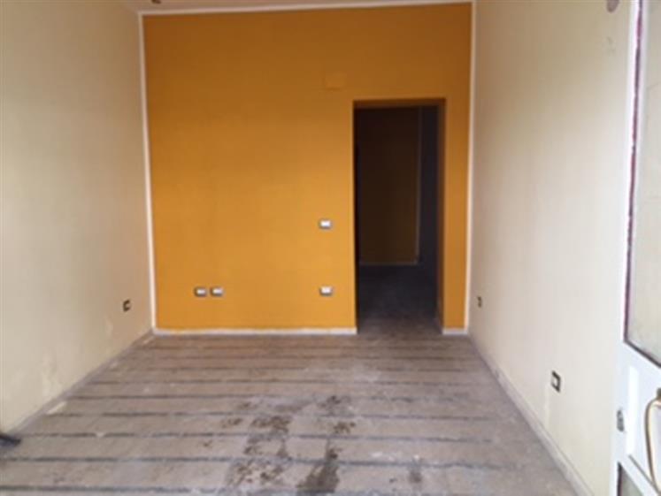 Negozio / Locale in affitto a Messina, 9999 locali, zona Località: ORTOBOTANICO / CANNIZZARO, prezzo € 600 | CambioCasa.it