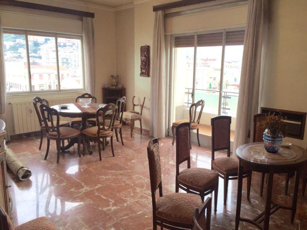 Appartamento in Via Pavia, Centro, Messina