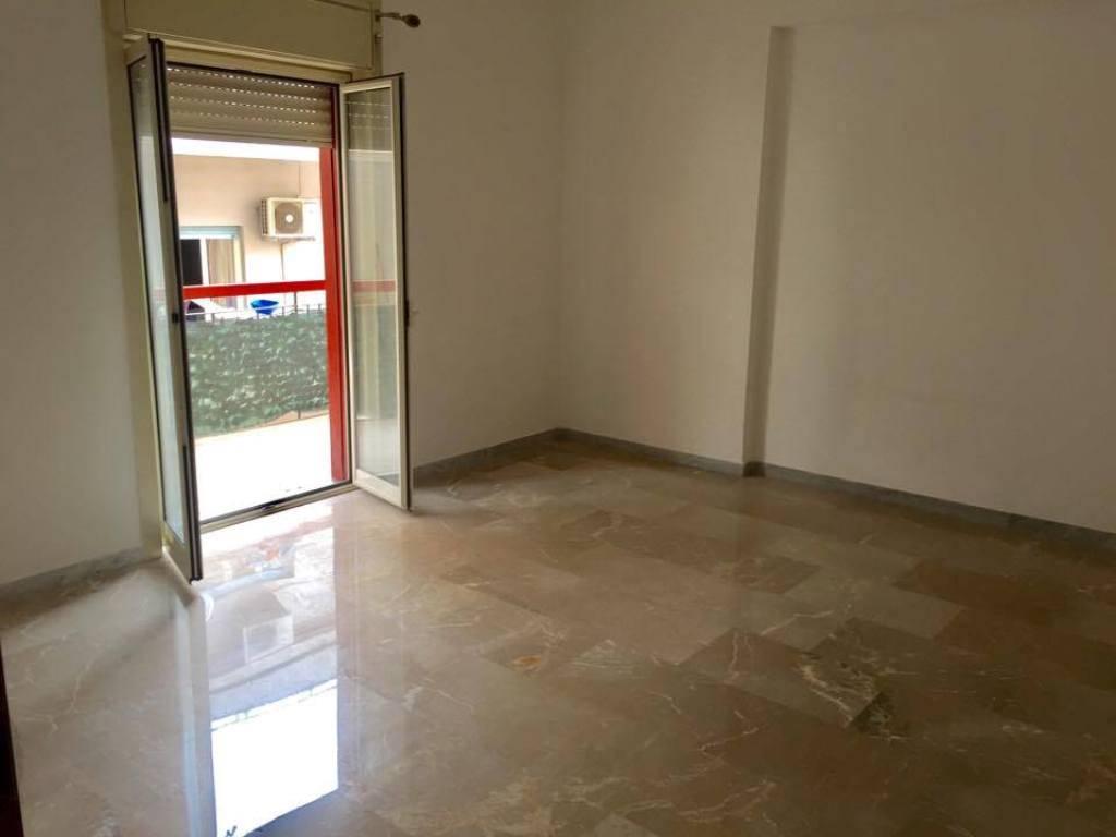 Appartamento in affitto a Messina, 3 locali, zona Località: VIALE PRINCIPE UMBERTO, prezzo € 550   CambioCasa.it