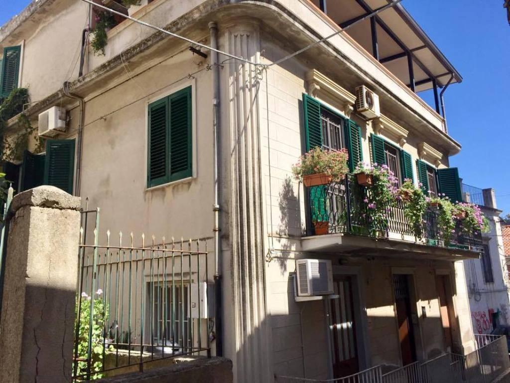Soluzione Indipendente in vendita a Messina, 5 locali, zona Località: BORDONARO, prezzo € 180.000 | CambioCasa.it