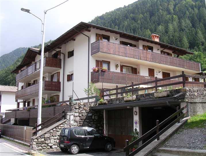 Appartamento in vendita a Schilpario, 2 locali, zona Zona: Pradella, prezzo € 95.000   Cambio Casa.it