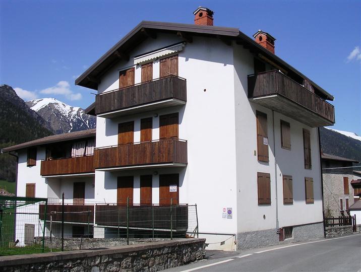 Appartamento in vendita a Schilpario, 2 locali, zona Zona: Pradella, prezzo € 49.000 | Cambio Casa.it