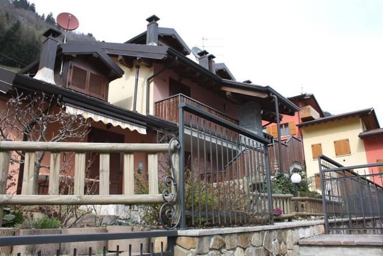 Appartamento in vendita a Colere, 2 locali, prezzo € 45.000 | Cambio Casa.it