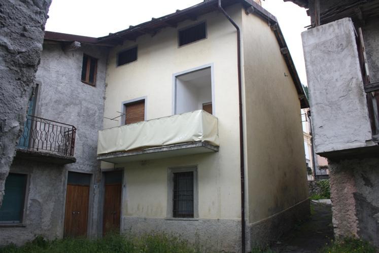Soluzione Semindipendente in vendita a Vilminore di Scalve, 5 locali, zona Località: TEVENO, prezzo € 73.000 | Cambio Casa.it