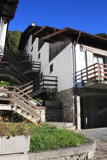 Appartamento in vendita a Vilminore di Scalve, 2 locali, prezzo € 79.000 | Cambio Casa.it