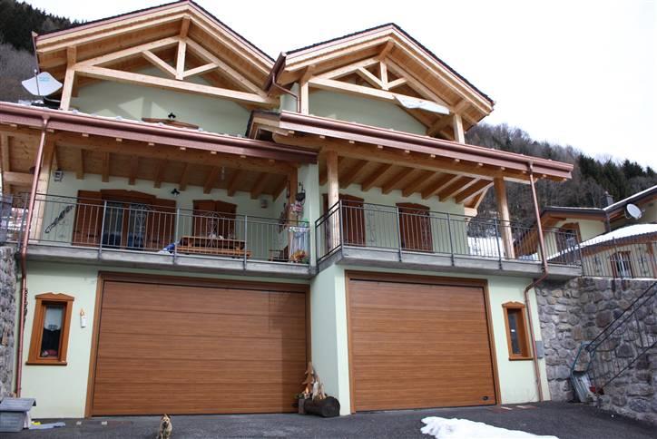 Villa Bifamiliare in Vendita a Schilpario