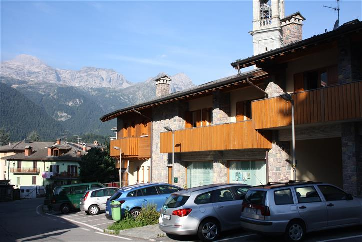 Ufficio / Studio in vendita a Vilminore di Scalve, 3 locali, prezzo € 149.000 | Cambio Casa.it