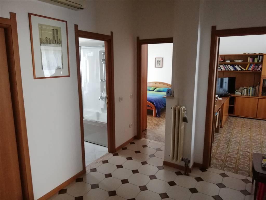 Appartamento  in Vendita a Caronno Pertusella