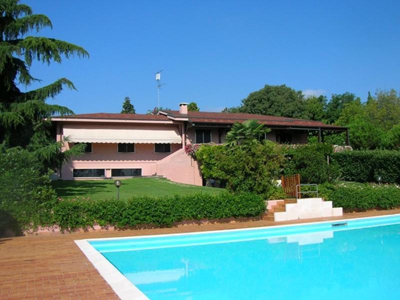 Villa in vendita a Sommacampagna, 18 locali, prezzo € 1.100.000 | Cambio Casa.it