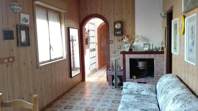 Villa in vendita a Pollina, 11 locali, prezzo € 310.000 | CambioCasa.it