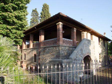 Colonica a RUFINA 5 - Vani  - Giardino