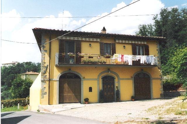 Soluzione Indipendente in vendita a Rufina, 6 locali, zona Zona: Falgano (Casi), prezzo € 470.000 | Cambio Casa.it