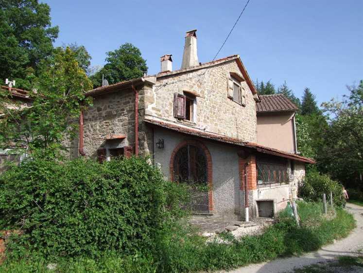 Soluzione Indipendente in vendita a Londa, 6 locali, zona Zona: Petroio (Chiesa), prezzo € 135.000 | Cambio Casa.it