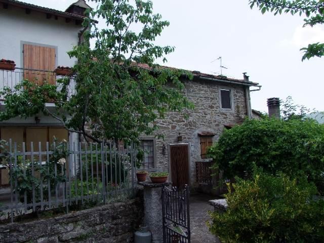 Soluzione Indipendente in vendita a Londa, 3 locali, prezzo € 125.000 | Cambio Casa.it
