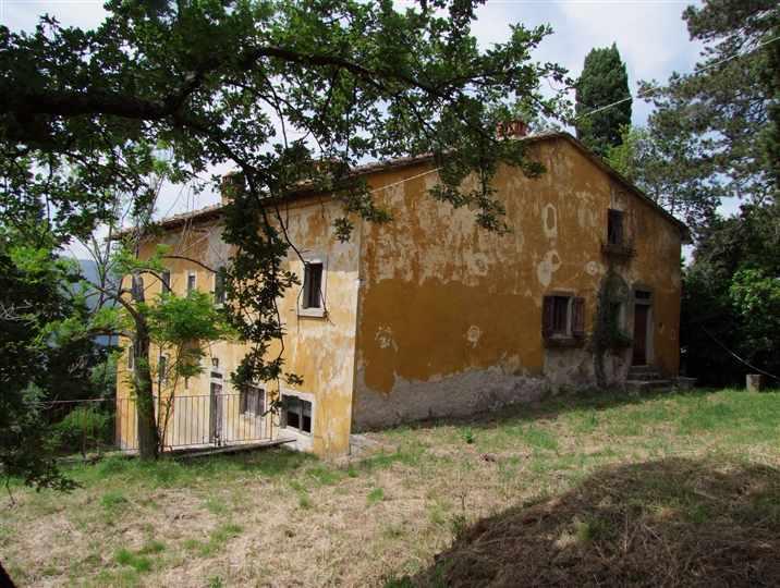 Soluzione Indipendente in vendita a Rufina, 10 locali, zona Zona: Castiglioni, prezzo € 690.000 | Cambio Casa.it