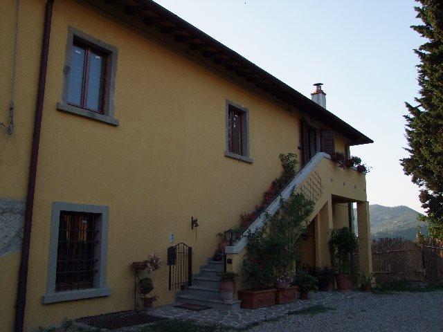 Villa in vendita a Rufina, 5 locali, zona Località: POMINO (CASTELNUOVO, prezzo € 290.000 | Cambio Casa.it