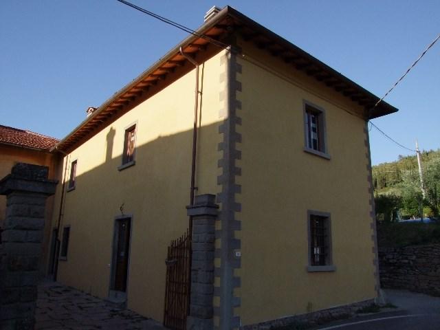 Soluzione Indipendente in vendita a Rufina, 5 locali, zona Zona: Castiglioni, prezzo € 200.000 | Cambio Casa.it