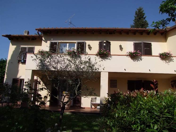 Villa in vendita a Rignano sull'Arno, 8 locali, prezzo € 450.000 | Cambio Casa.it
