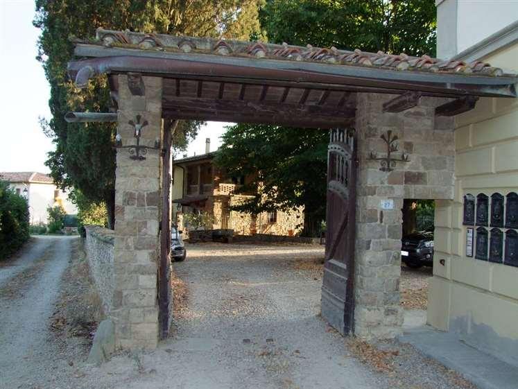 Soluzione Indipendente in vendita a Pontassieve, 3 locali, zona Zona: Acone, prezzo € 180.000 | Cambio Casa.it