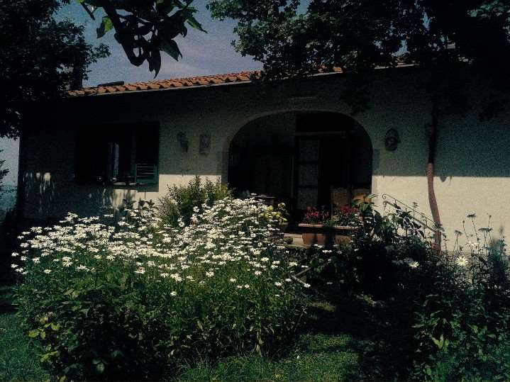 Villa in vendita a Rufina, 10 locali, zona Località: POMINO (CASTELNUOVO, prezzo € 500.000 | Cambio Casa.it