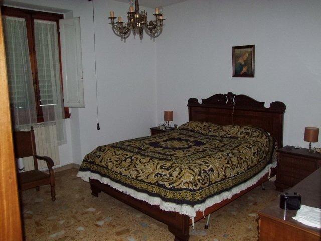 Appartamento in vendita a Rufina, 4 locali, prezzo € 140.000 | Cambio Casa.it