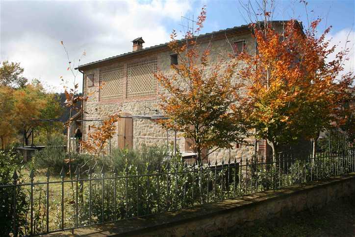 Soluzione Indipendente in vendita a Anghiari, 4 locali, zona Zona: Catigliano, prezzo € 345.000 | Cambio Casa.it