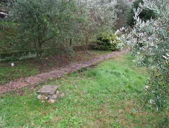 Villa in vendita a Reggello, 4 locali, zona Zona: Pietrapiana, prezzo € 220.000 | Cambio Casa.it