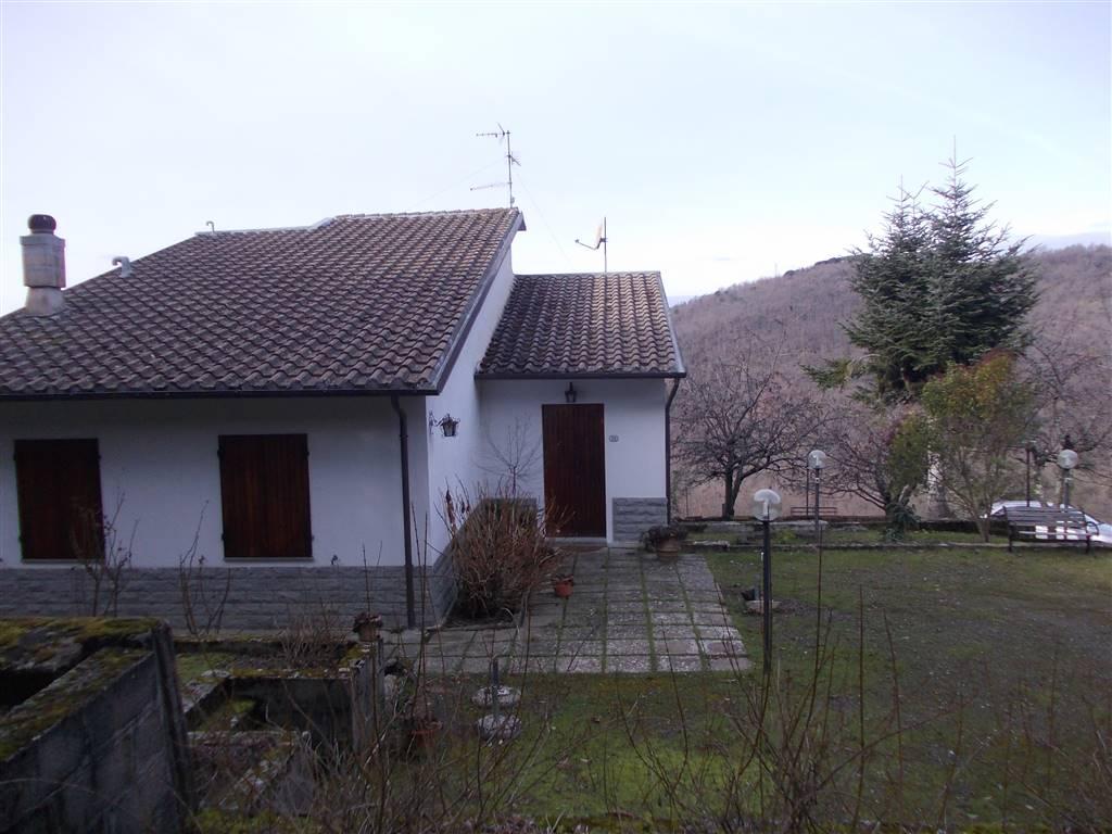 Villa in vendita a Dicomano, 9 locali, prezzo € 330.000 | CambioCasa.it