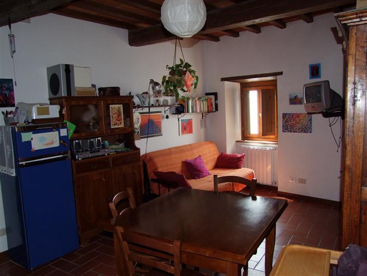 Soluzione Indipendente in affitto a Dicomano, 2 locali, zona Zona: Frascole, prezzo € 370 | Cambio Casa.it