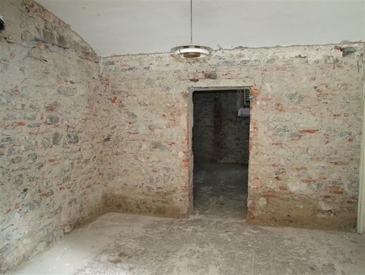 Appartamento in vendita a Pontassieve, 2 locali, prezzo € 55.000   Cambio Casa.it