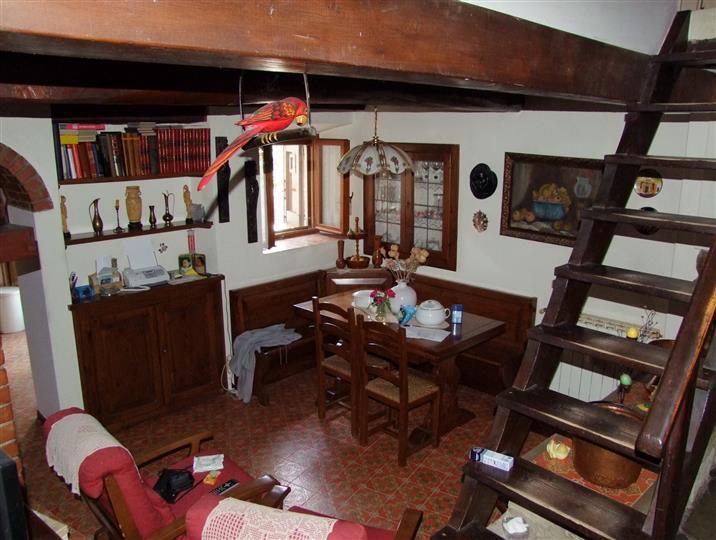 Colonica a RUFINA 4 Vani - Giardino