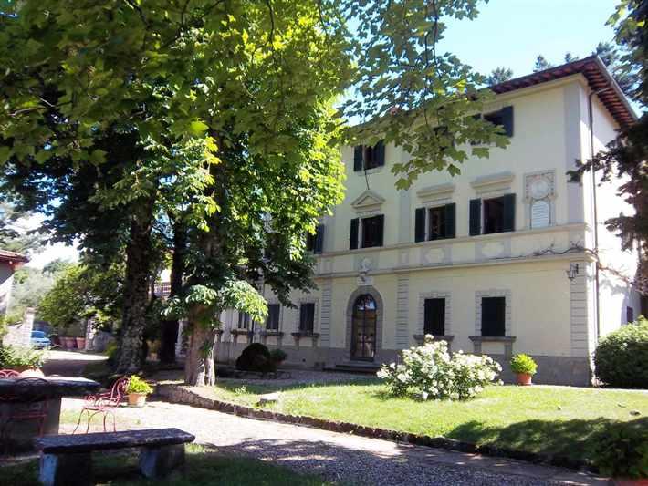 Villa in vendita a Londa, 10 locali, prezzo € 420.000 | Cambio Casa.it