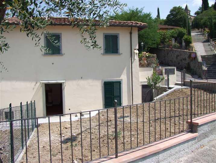 Soluzione Indipendente in affitto a Dicomano, 3 locali, zona Località: CONTEA, prezzo € 480 | Cambio Casa.it