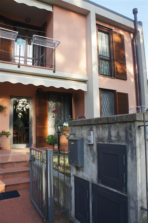 Soluzione Indipendente in vendita a Londa, 4 locali, prezzo € 138.000 | CambioCasa.it