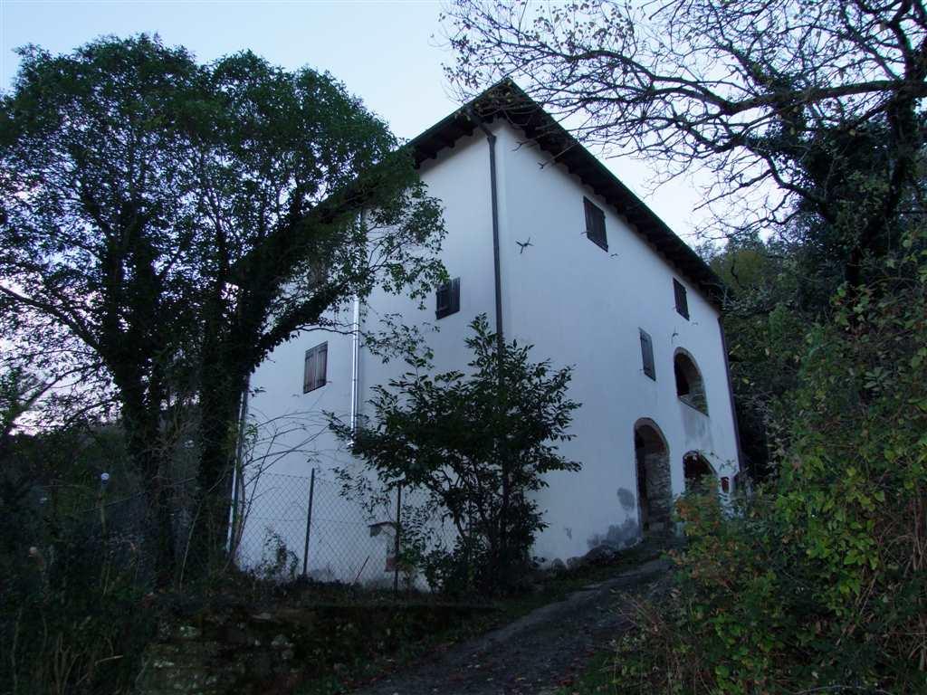 Soluzione Indipendente in vendita a Londa, 5 locali, prezzo € 230.000 | Cambio Casa.it