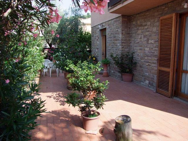 Villa bifamiliare a RUFINA 4 Vani - Giardino