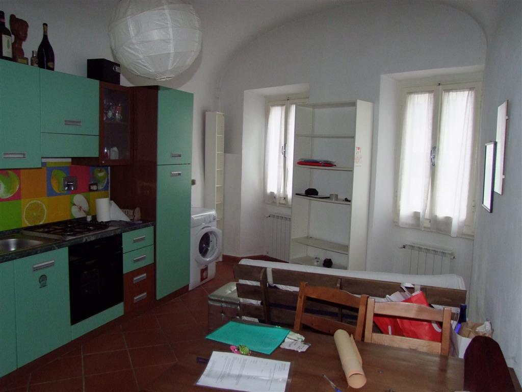 Appartamento in vendita a Londa, 2 locali, prezzo € 55.000   Cambio Casa.it