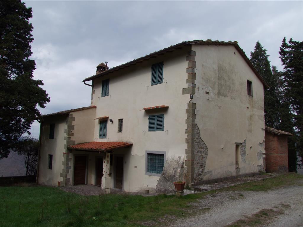 Soluzione Indipendente in vendita a Dicomano, 12 locali, prezzo € 250.000 | Cambio Casa.it