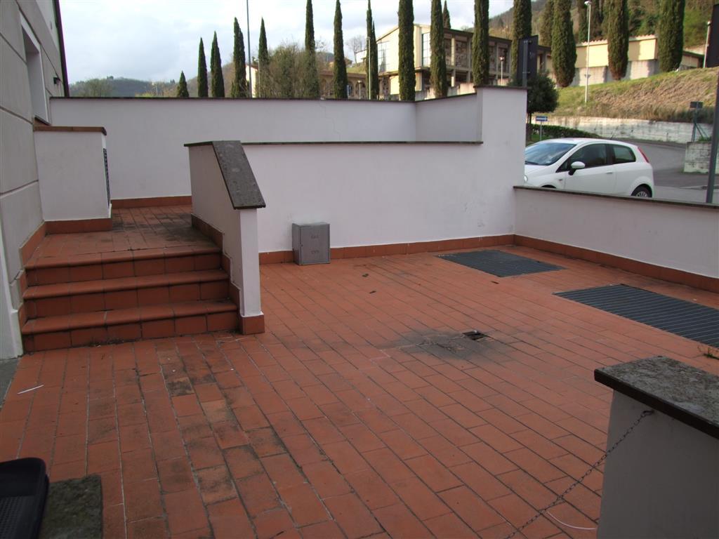 Immobile Commerciale in vendita a Dicomano, 9999 locali, prezzo € 90.000 | CambioCasa.it